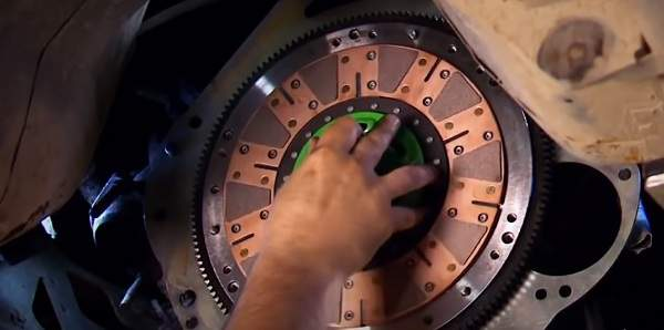 Сцепление механической коробки передач