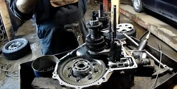 Набор шестеренок механической КПП