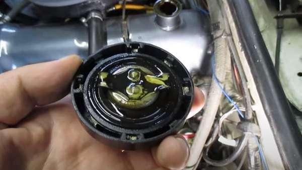 Двигатель не успевает нагреваться – это еще одна причина образования эмульсии в моторном масле
